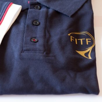 Polo Deluxe FITF détail logo